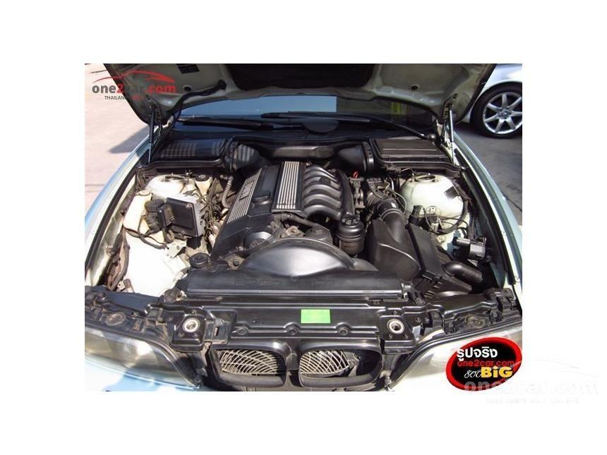 1998 BMW 523i Sedan