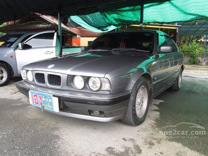 1994 BMW 525i Sedan