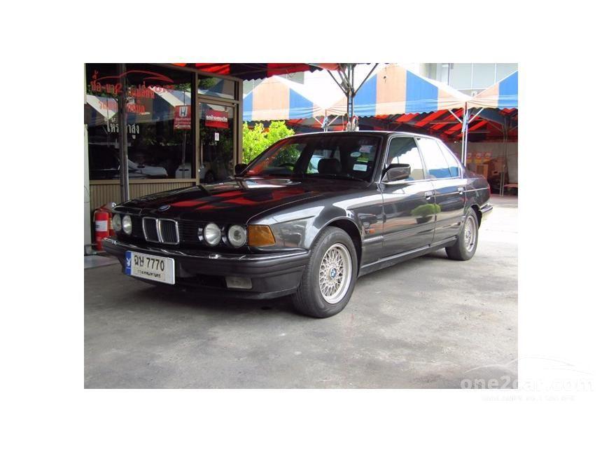 1993 BMW 730i Sedan