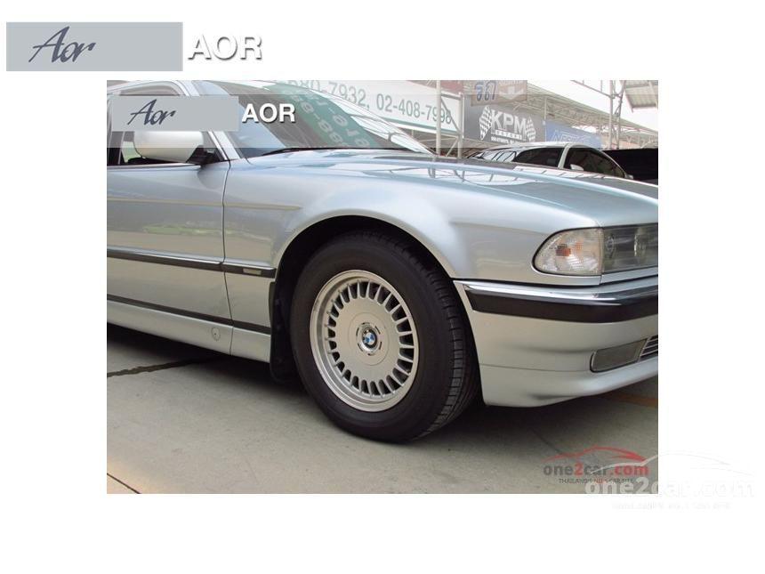 1997 BMW 730i Sedan