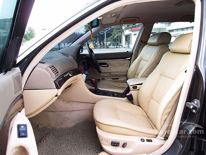 1999 BMW 730iL Sedan
