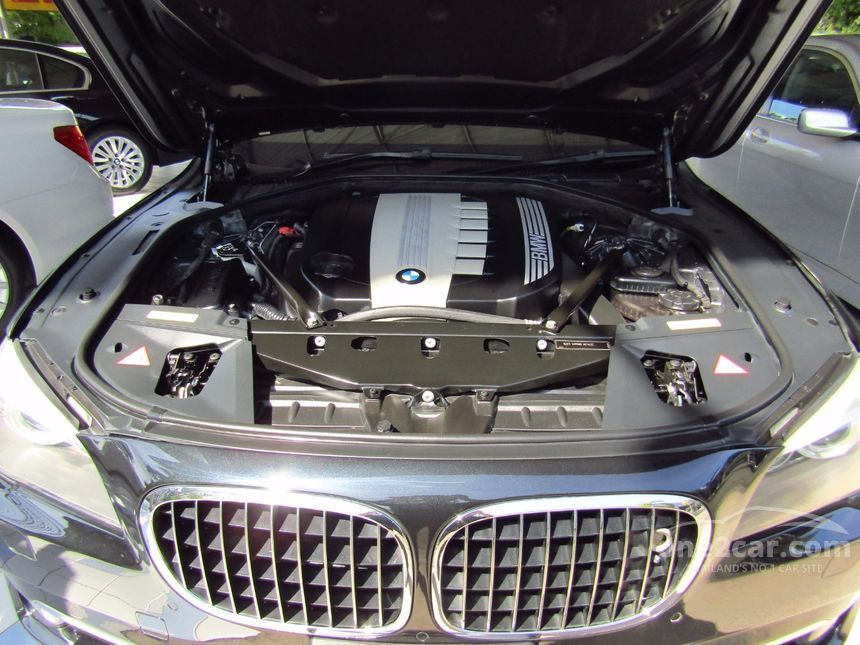 2010 BMW 730Ld Sedan