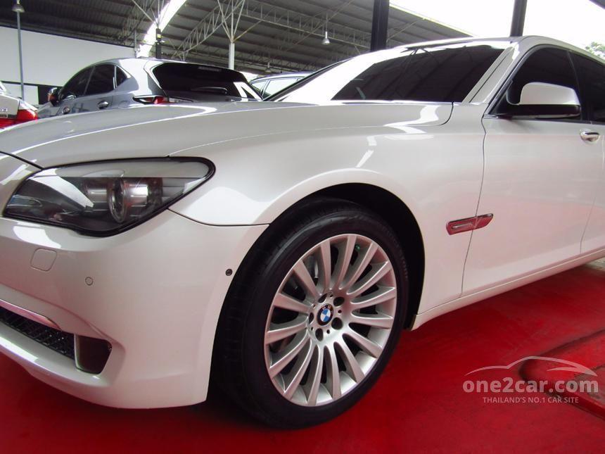 2013 BMW 740Li Sedan
