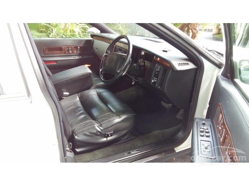 1995 Cadillac Fleetwood Sedan