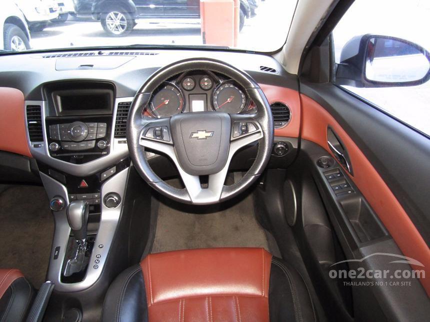 2011 Chevrolet Cruze LTZ Sedan