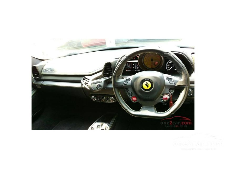 2011 Ferrari 458 Italia Coupe