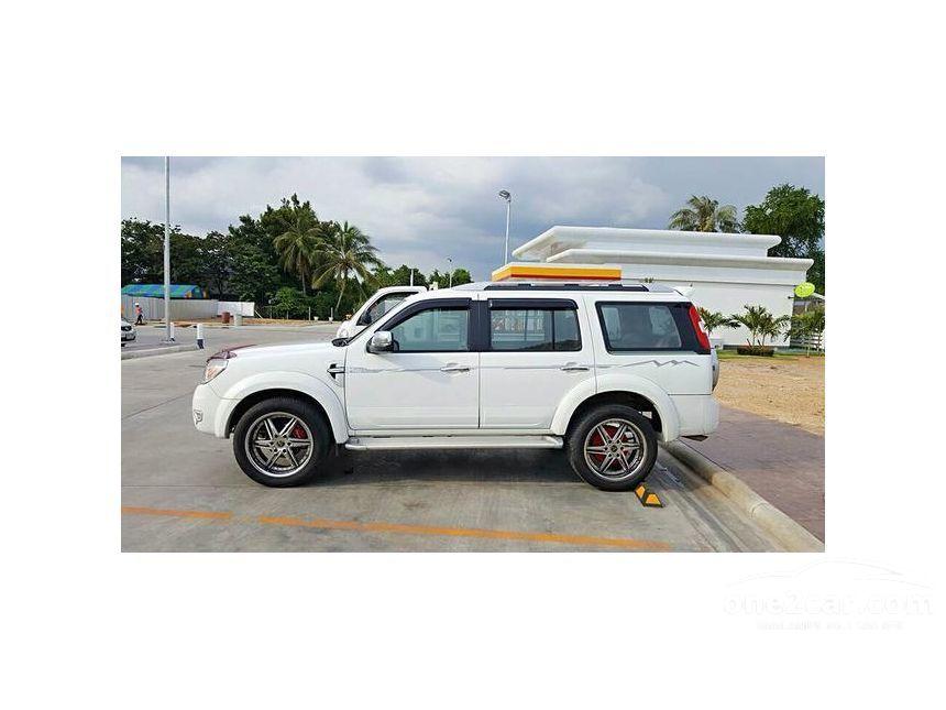 2011 Ford Everest LTD SUV