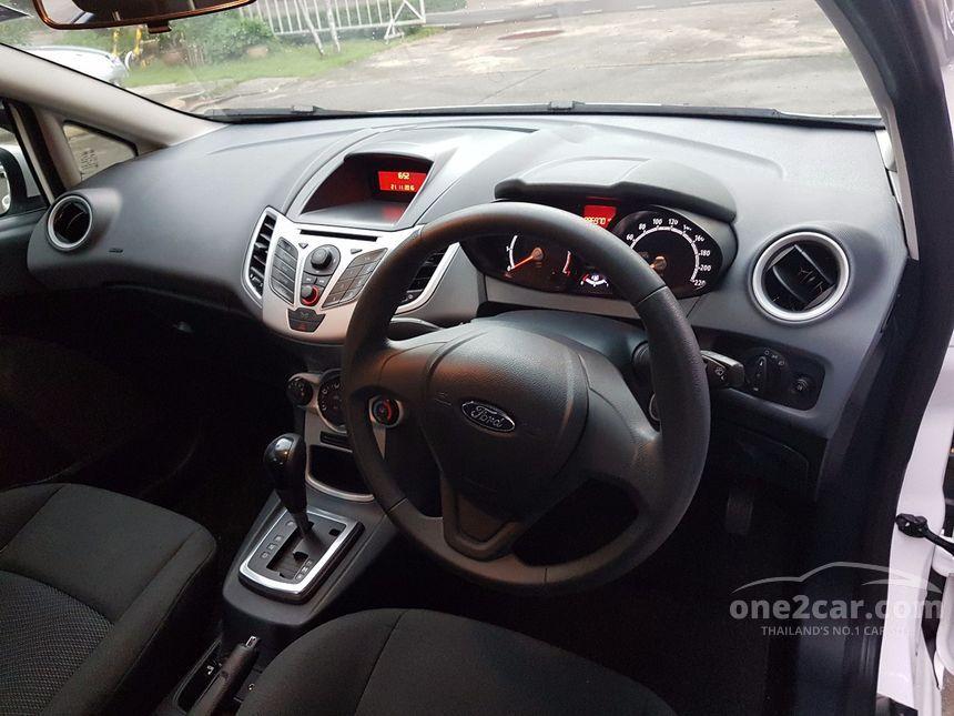2012 Ford Fiesta Style Hatchback