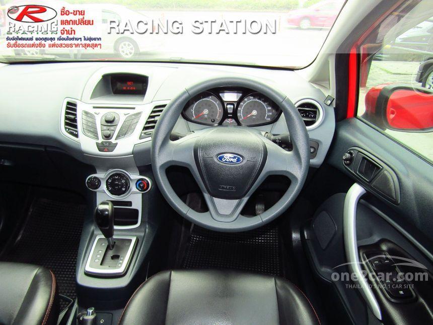 2011 Ford Fiesta Style Hatchback