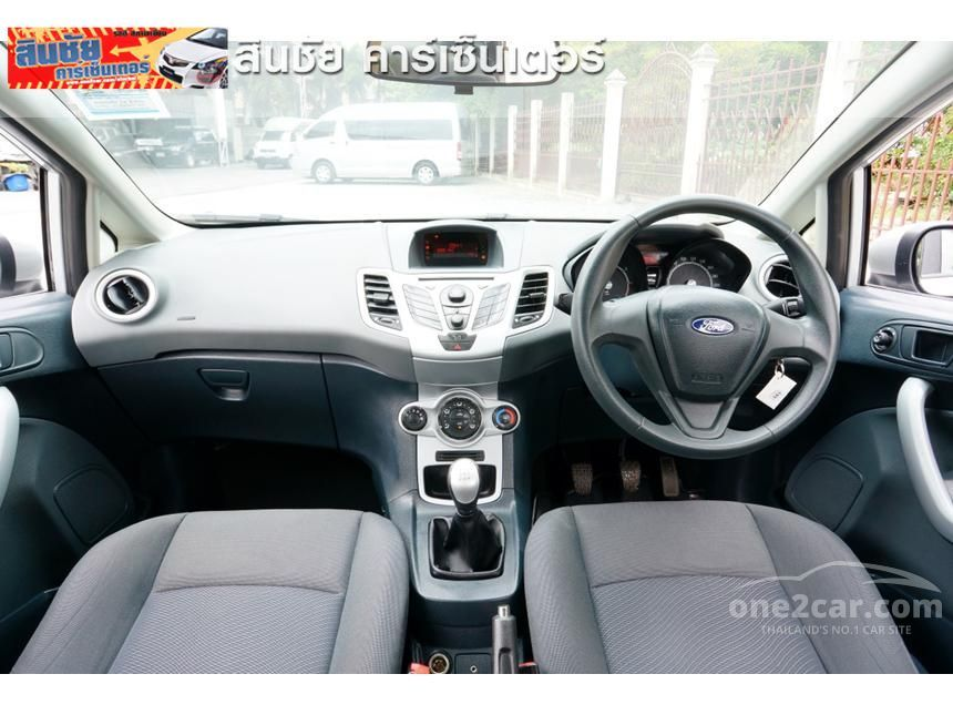 2012 Ford Fiesta Style Sedan