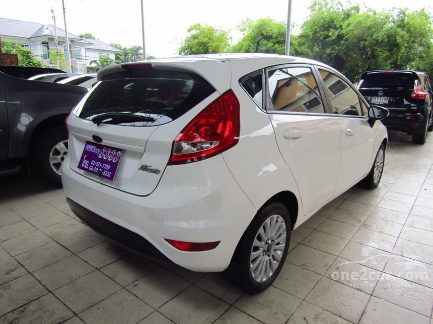 2013 Ford Fiesta Trend Hatchback