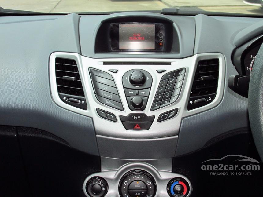 2010 Ford Fiesta Trend Sedan