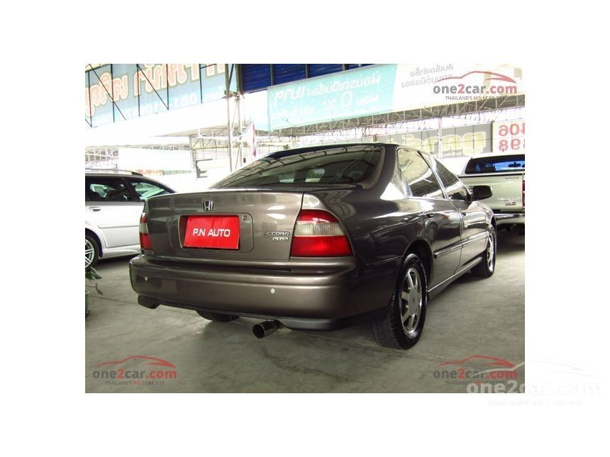 1994 Honda Accord VTi-S Sedan