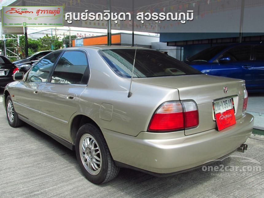 1997 Honda Accord VTi Sedan