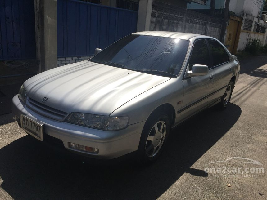 1995 Honda Accord VTi Sedan