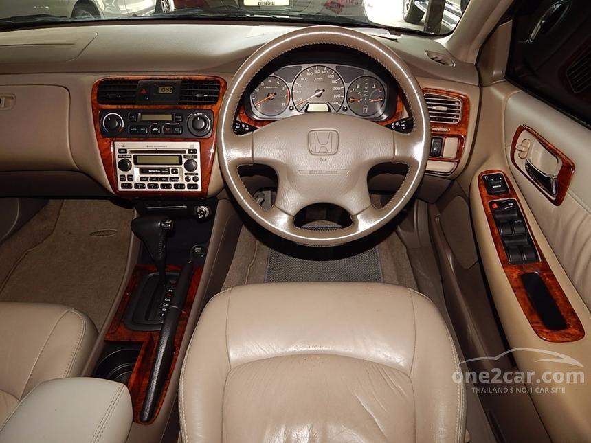 2002 Honda Accord VTi Sedan