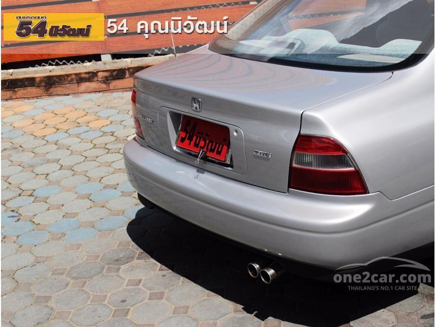 1995 Honda Accord VTi Sedan