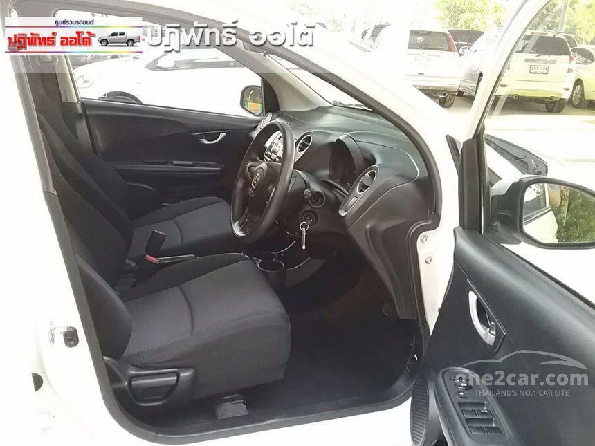 2014 Honda Brio V Hatchback