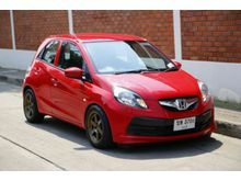 2014 Honda Brio (ปี 11-16) V 1.2 MT Hatchback