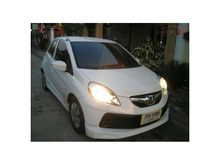 2013 Honda Brio (ปี 11-16) V 1.2 AT Hatchback