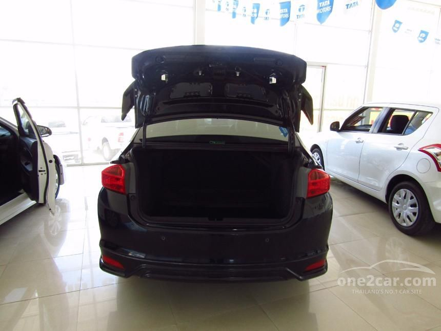 2015 Honda City V Sedan
