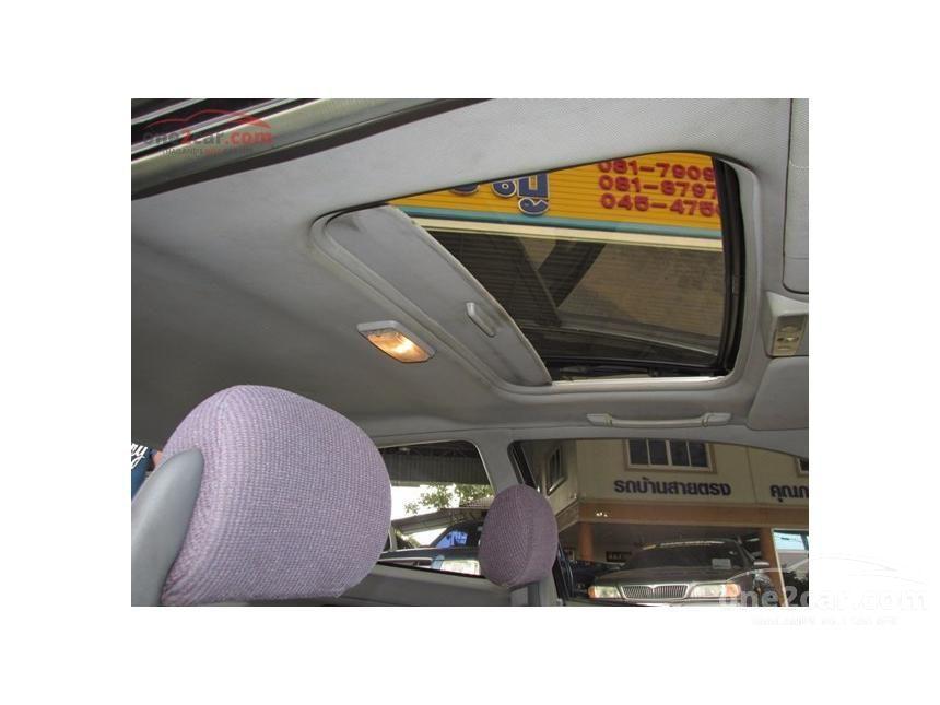 1994 Honda Civic VTi Sedan