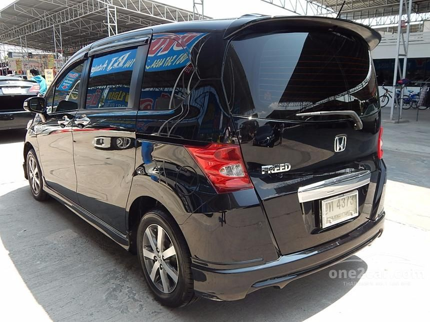 2011 Honda Freed E Sport Wagon