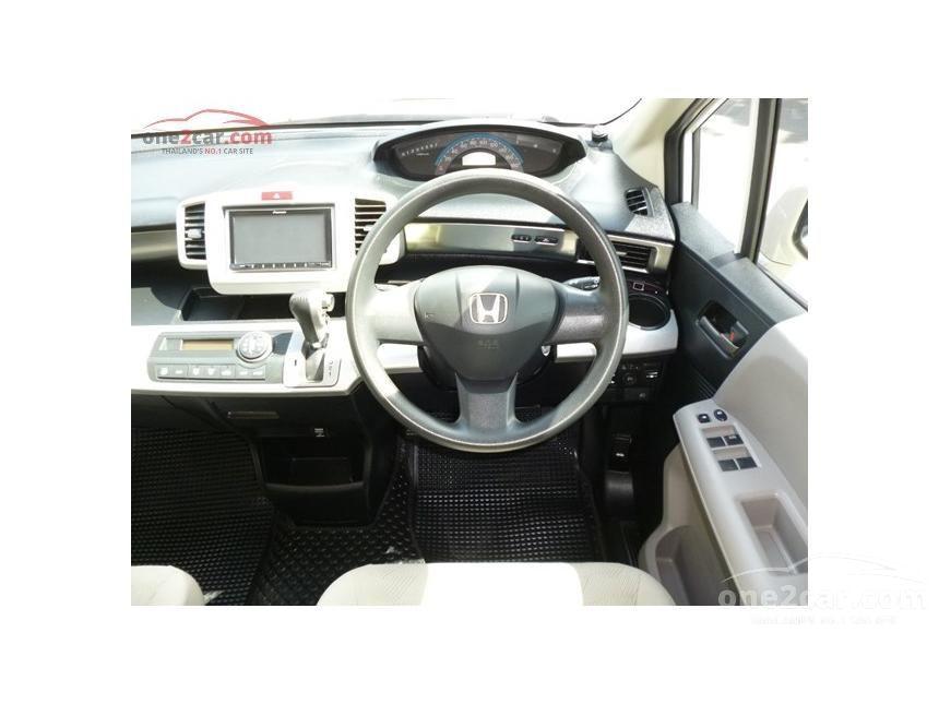 2010 Honda Freed E Sport Wagon
