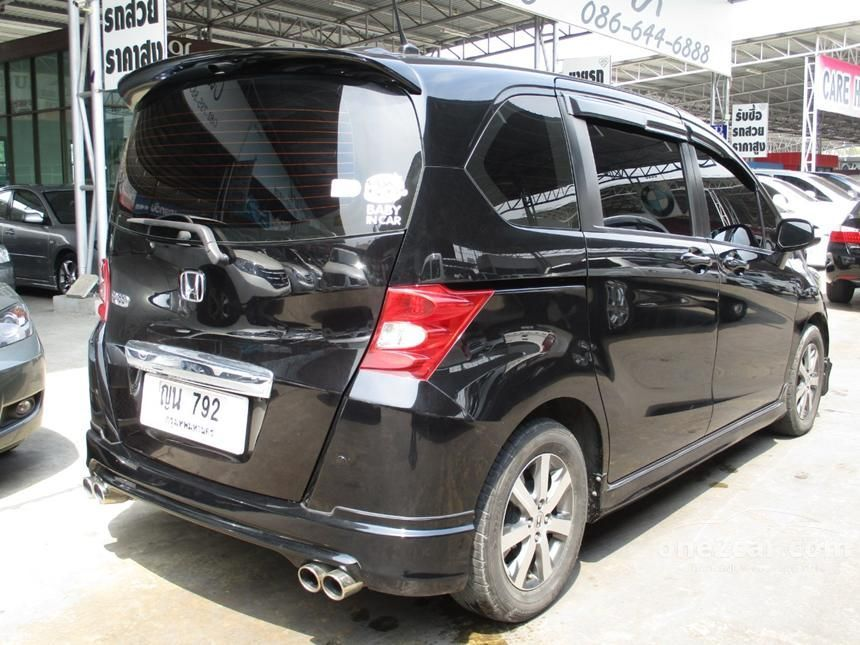 2011 Honda Freed E Wagon