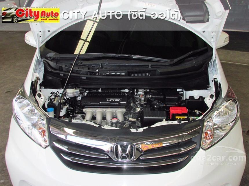 2013 Honda Freed EL Wagon