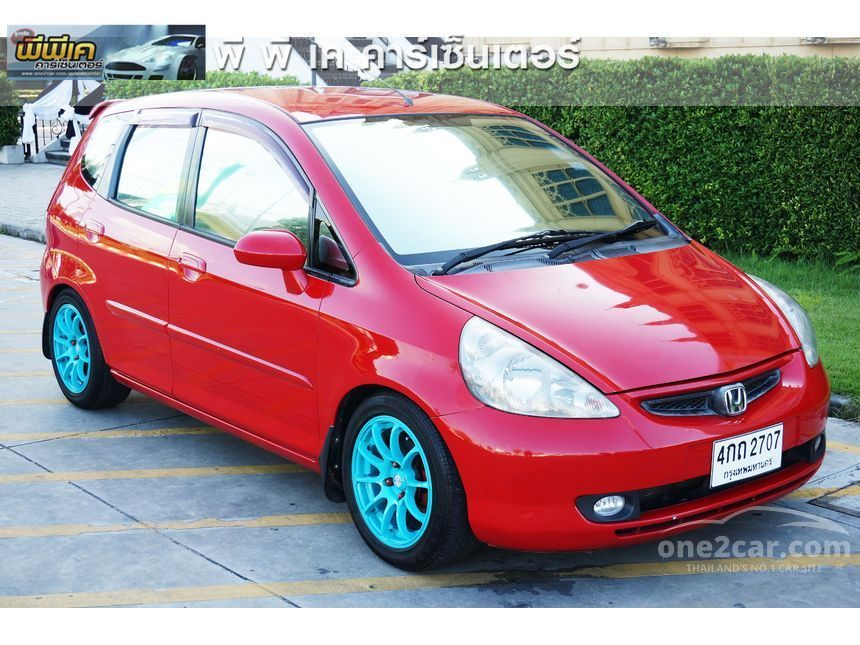 2005 Honda Jazz E Hatchback