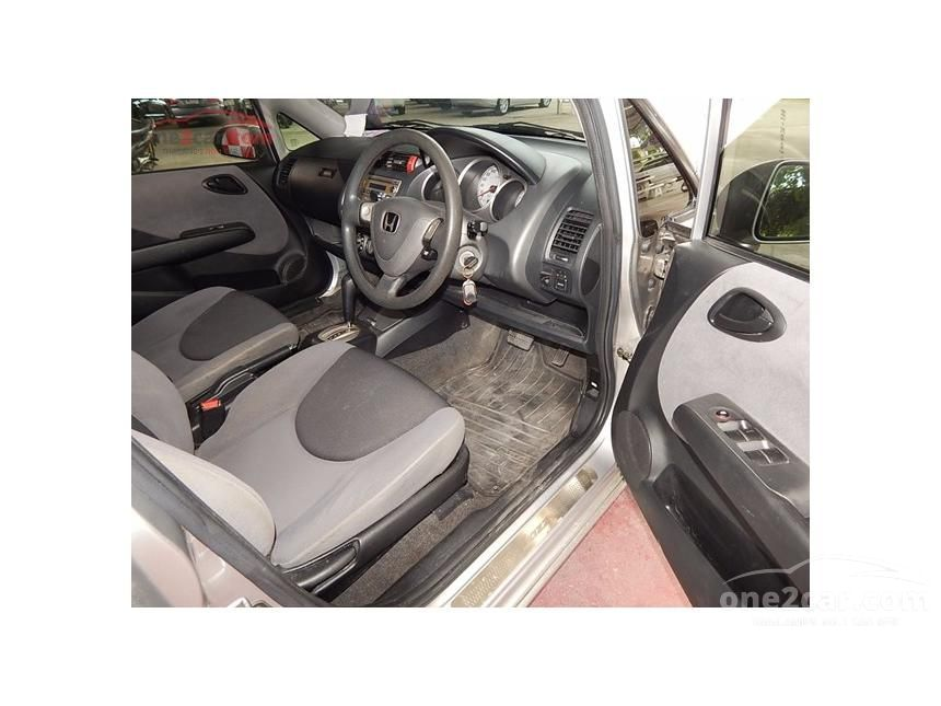 2007 Honda Jazz E Hatchback