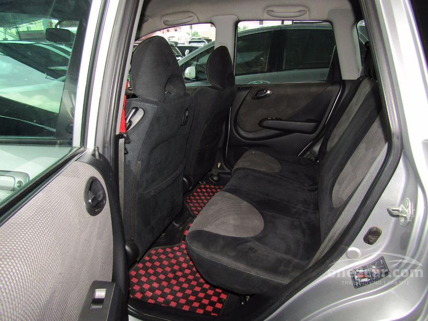 2007 Honda Jazz E-V Hatchback