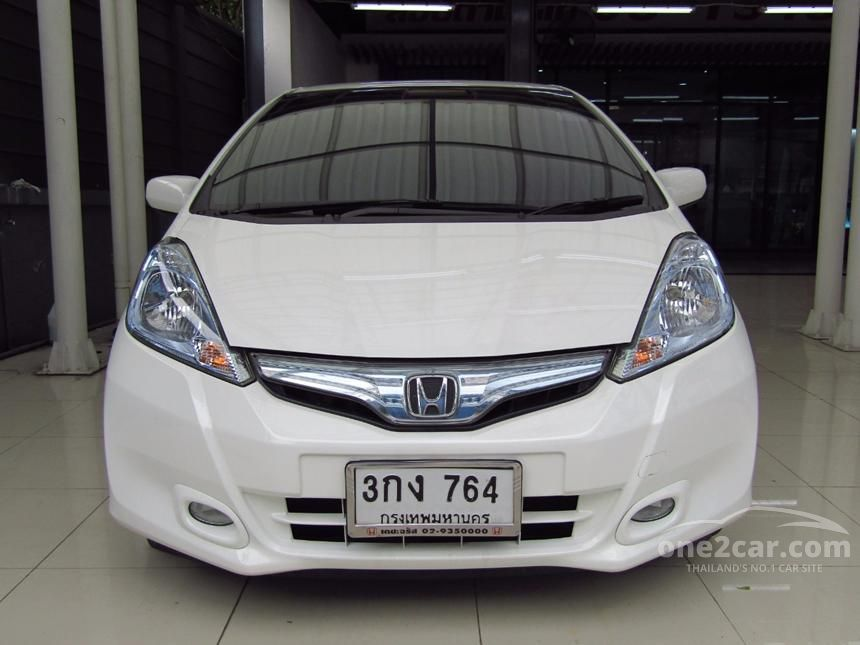 2014 Honda Jazz Hybrid Hatchback
