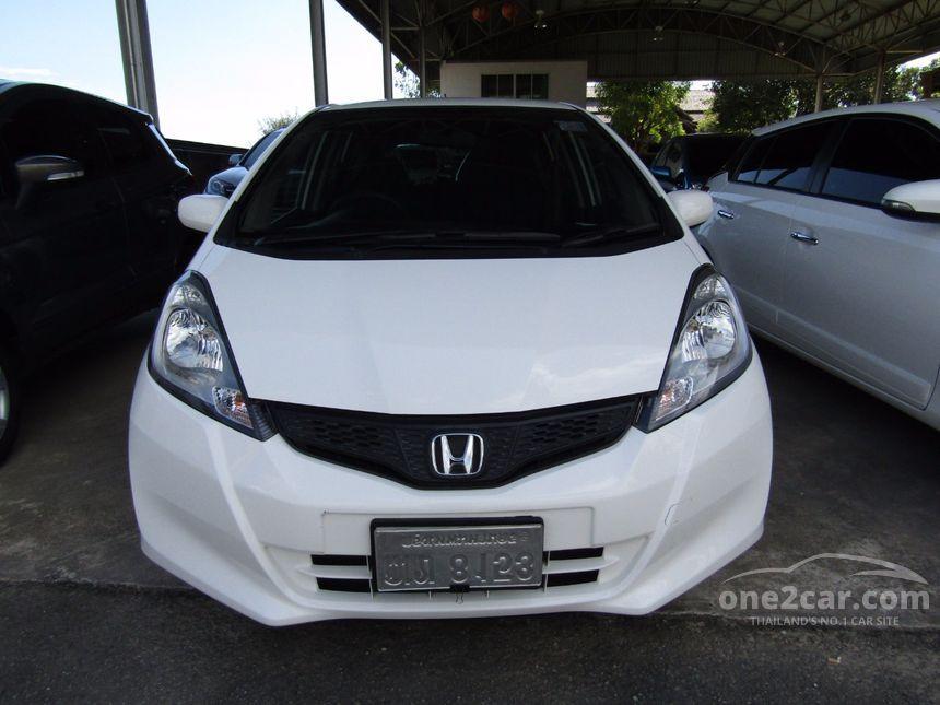 2013 Honda Jazz S Hatchback