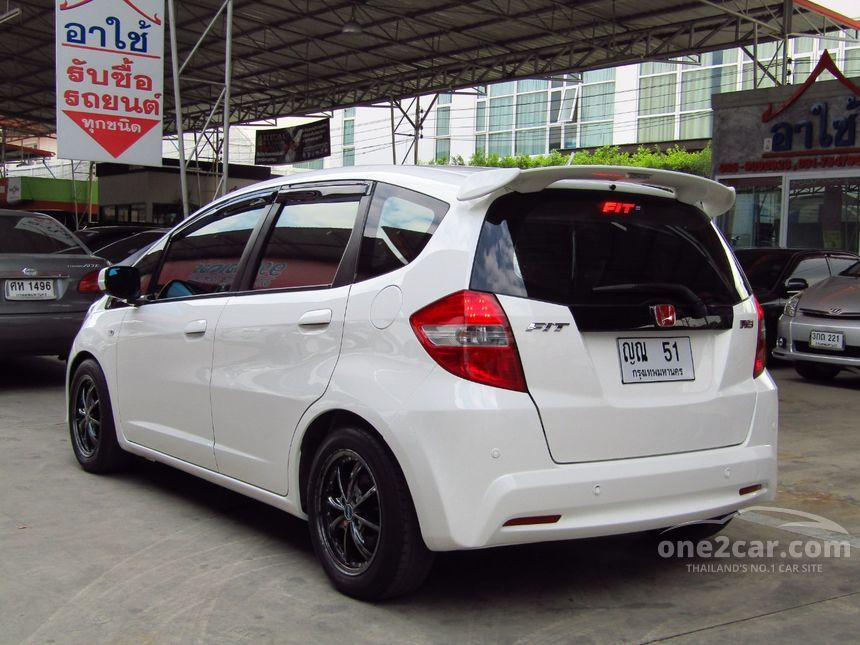 2011 Honda Jazz S Hatchback