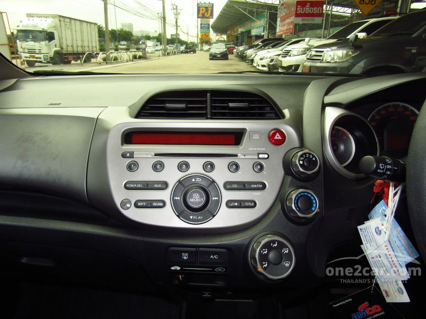 2012 Honda Jazz S Hatchback