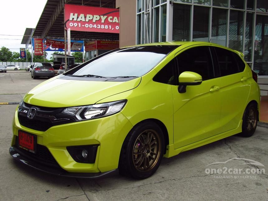 2015 Honda Jazz SV Hatchback