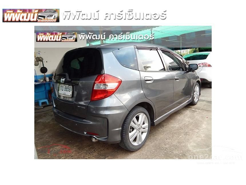 2012 Honda Jazz SV Hatchback