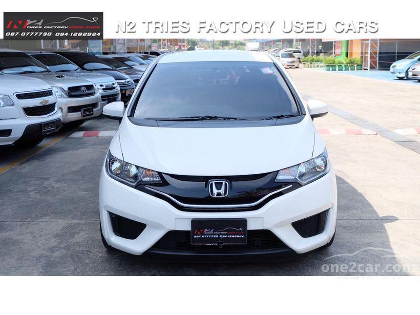 2015 Honda Jazz V+ Hatchback