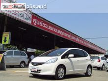 2013 Honda Jazz (ปี 08-14) V 1.5 AT Hatchback