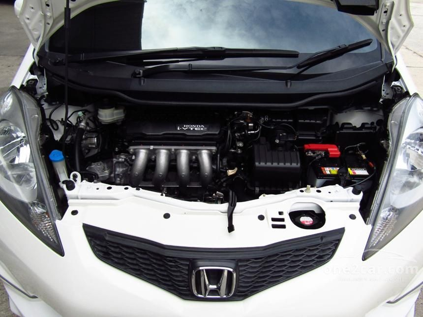 2008 Honda Jazz V Hatchback