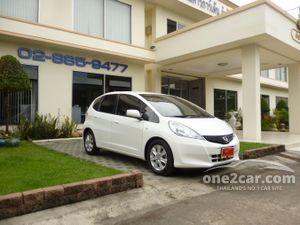 2013 Honda Jazz 1.5 (ปี 08-14) V i-VTEC Hatchback AT