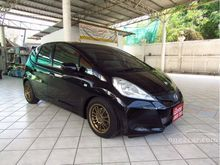 2011 Honda Jazz (ปี 08-14) V 1.5 AT Hatchback