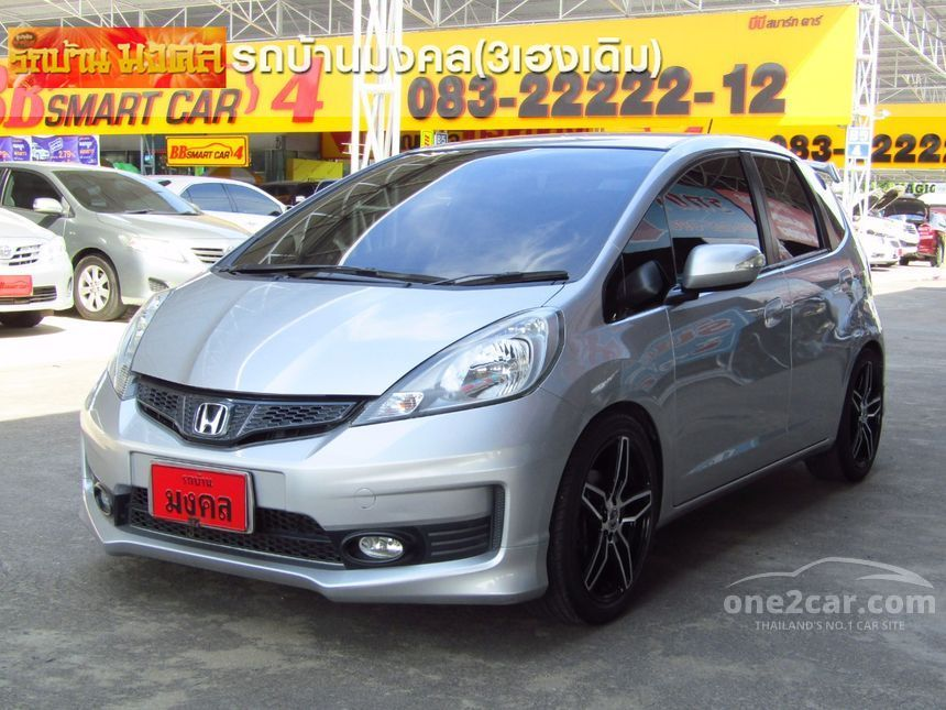 2009 Honda Jazz V Hatchback