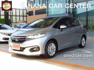 2017 Honda Jazz 1.5 (ปี 14-18) V i-VTEC Hatchback AT