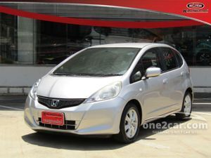 2013 Honda Jazz 1.5 (ปี 08-14) V i-VTEC Hatchback AT