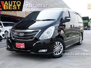 2015 Hyundai H-1 2.5 (ปี 08-17) Deluxe Van