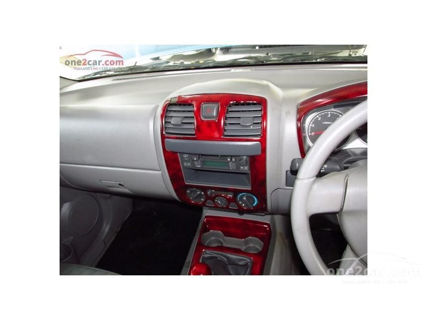 2004 Isuzu D-Max SL Pickup