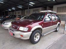2000 Isuzu Grand Adventure (ปี 96-02) 4x2 2.8 MT Wagon